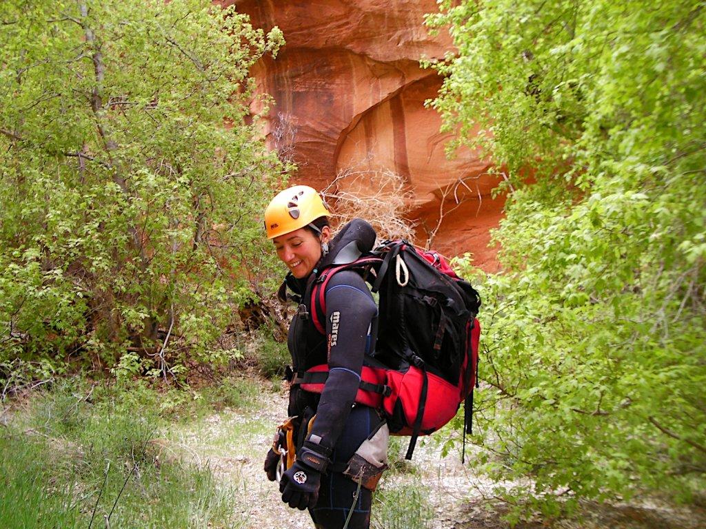escalante-canyoneering-2009-069.jpg