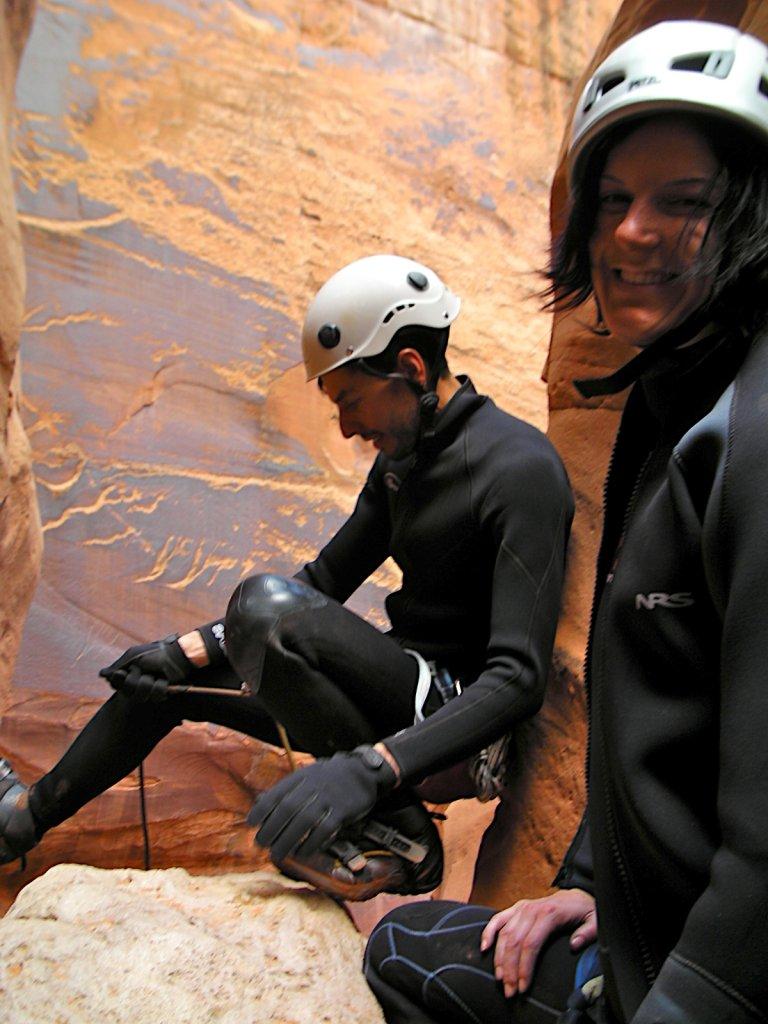 escalante-canyoneering-2009-068.jpg