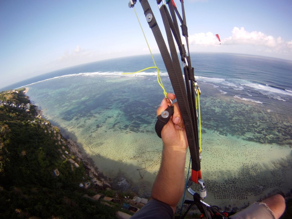 indonesia-paragliding-030.jpg