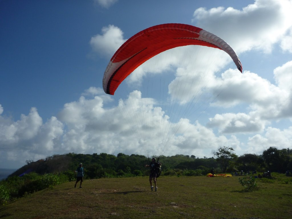 indonesia-paragliding-024.jpg
