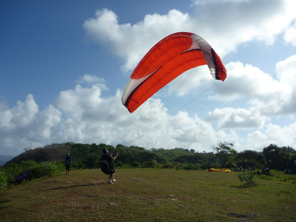 indonesia-paragliding-023.jpg