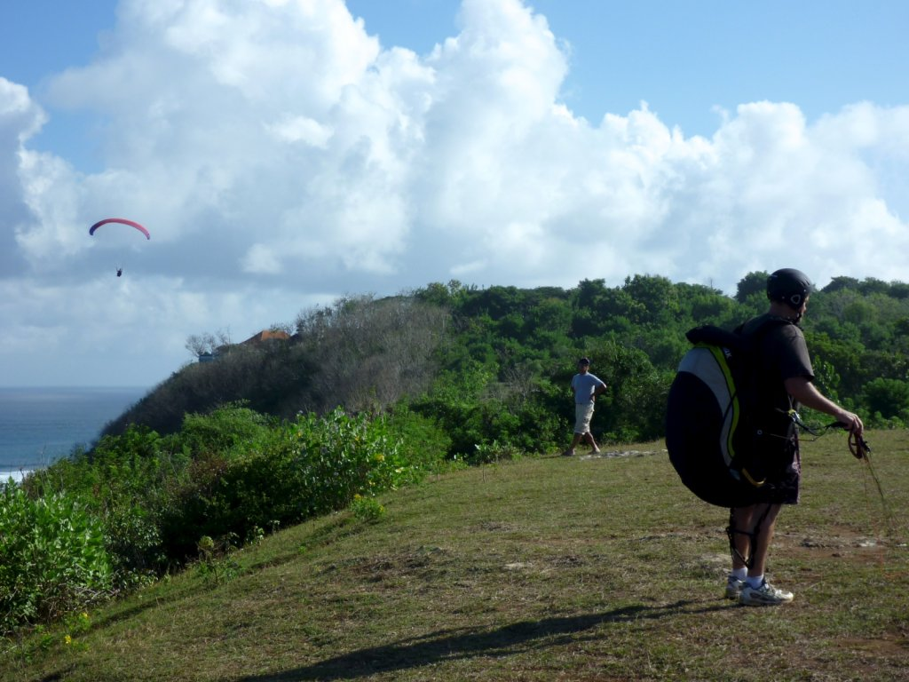 indonesia-paragliding-018.jpg