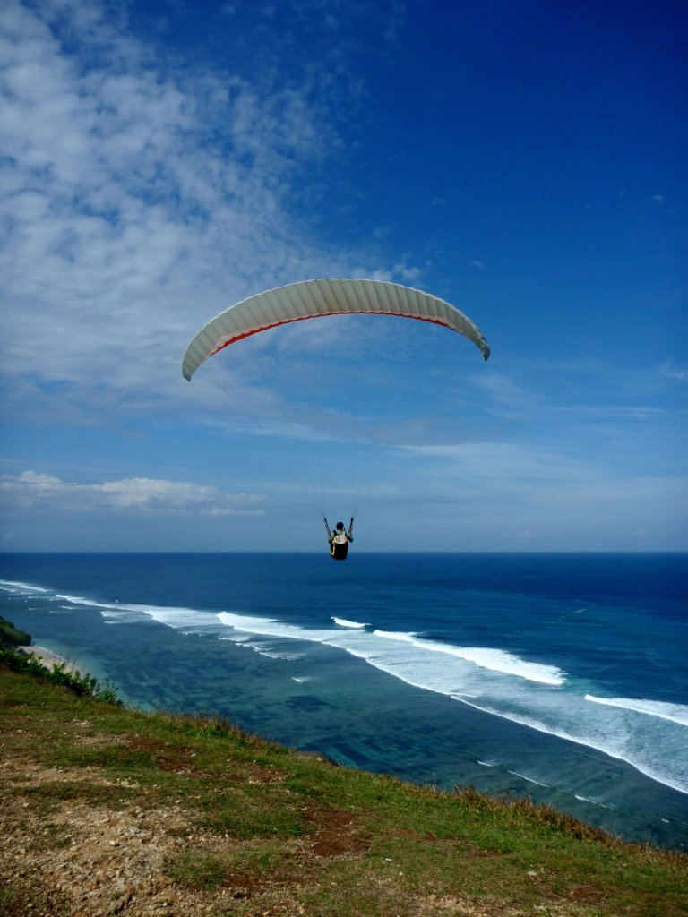 indonesia-paragliding-006.jpg